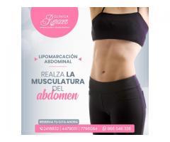 Resalta la musculatura abdominal